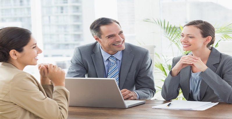 Sfaturi esentiale despre tinuta la interviu