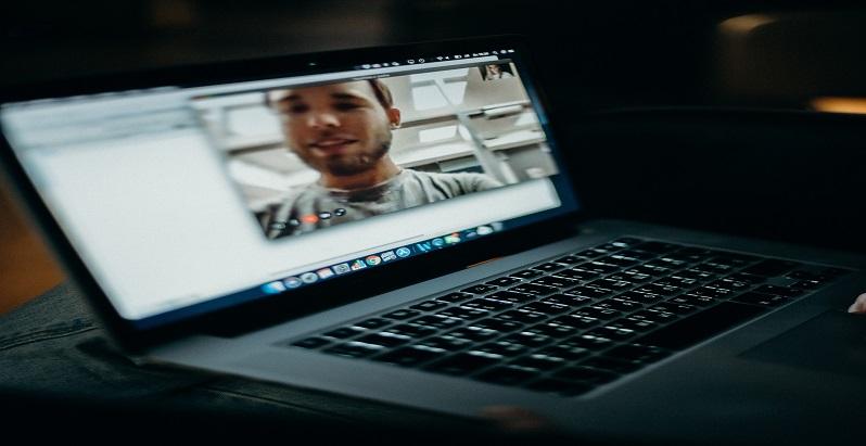 Interviurile de angajare se muta in online